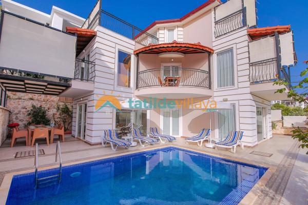 Villa Akay 2