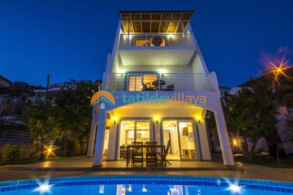Villa Lotus